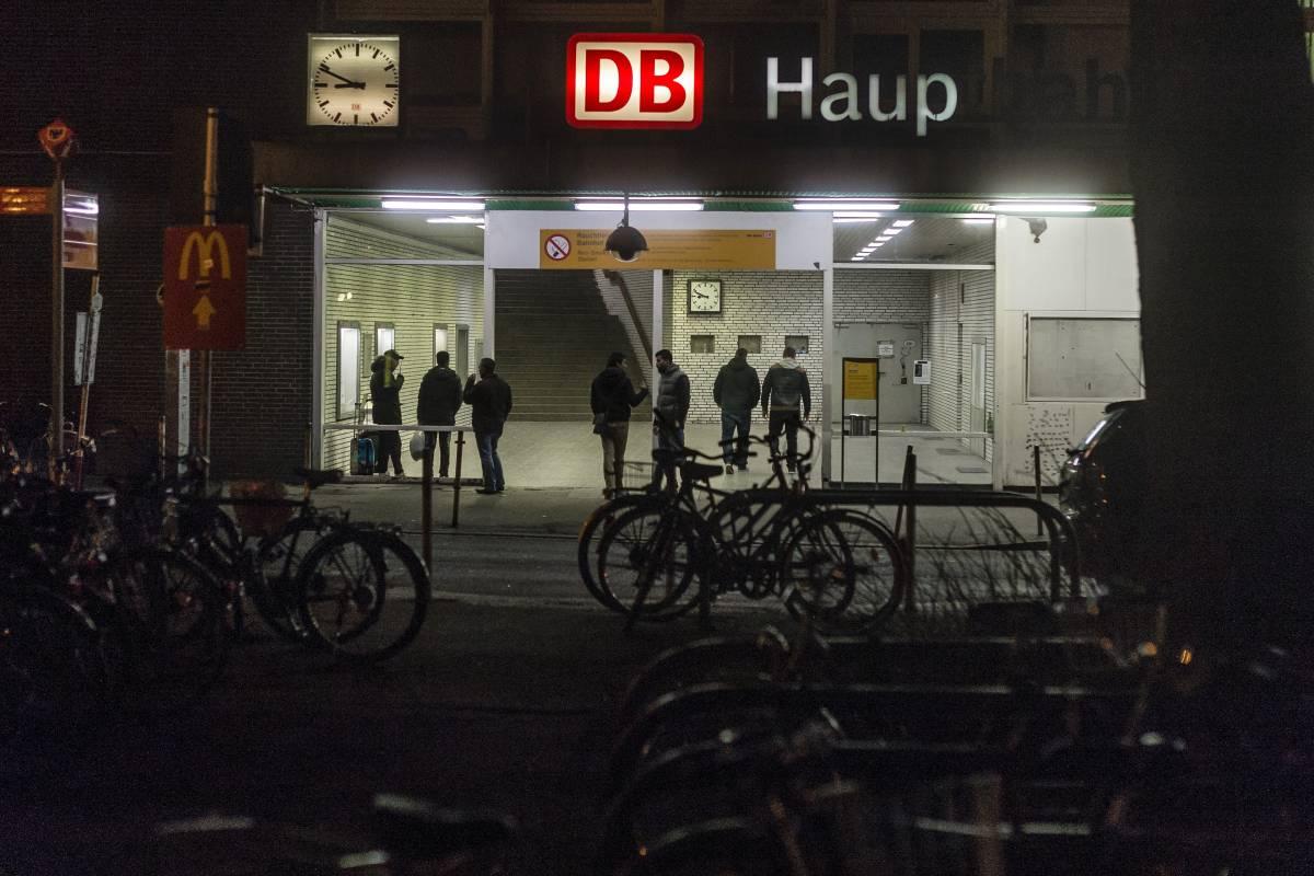 Ein Kriminogener Ort Nachts Am Dortmunder Hauptbahnhof Wrde