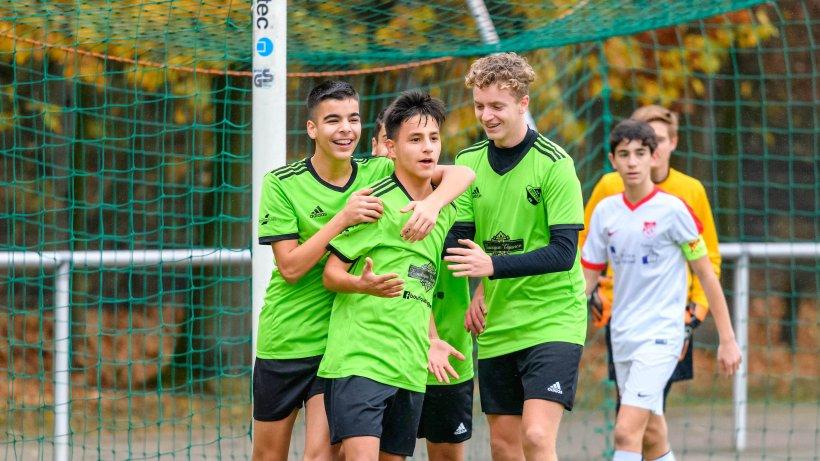 "Jugendfußball: Horster ""Multi-Kulti-Truppe"" führt C-Jugend-Bezirksliga an"
