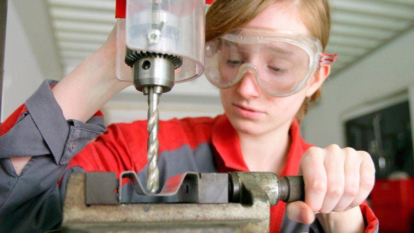 """Arbeitsmarkt: Bei Ausbildungsplätzen bleibt die """"rote Laterne"""" in Herne"""