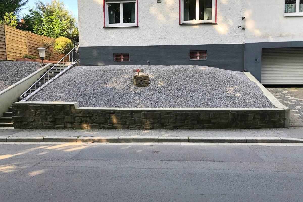 Stadte In Nrw Diskutieren Uber Ein Verbot Fur Steingarten