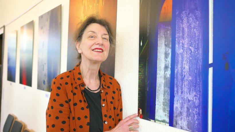 Fotoausstellung-Berta-Walter-Hamza-pr-sentiert-ihre-Fotos-am-Puls-der-Zeit-