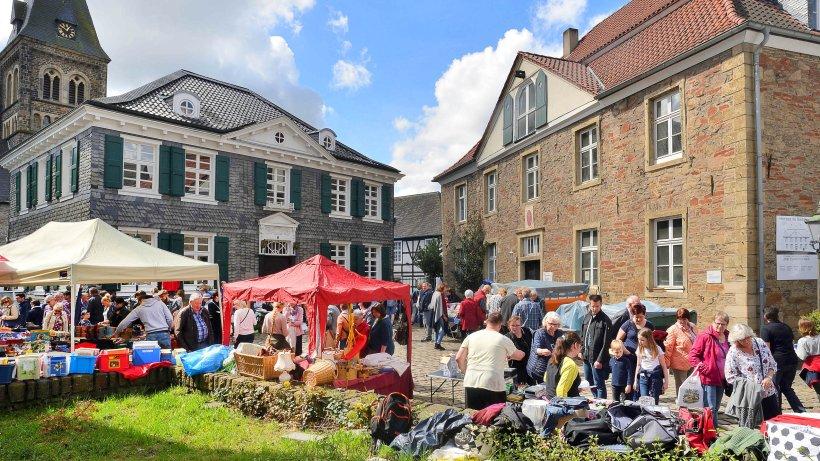 Handel-Fr-hlingsmarkt-lockt-zum-Bummeln-nach-Herdecke