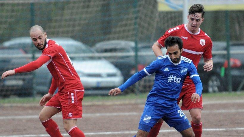 Fu-ball-Landesliga-Remis-im-fairen-Derby-SV-Scherpenberg-gegen-Fichte-Lintfort
