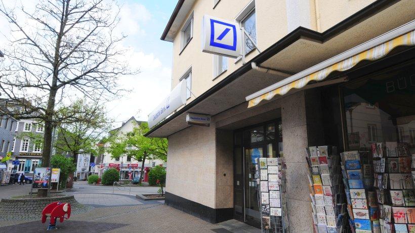 schwelm explosion in filiale der deutschen bank ennepetal gevelsberg schwelm. Black Bedroom Furniture Sets. Home Design Ideas