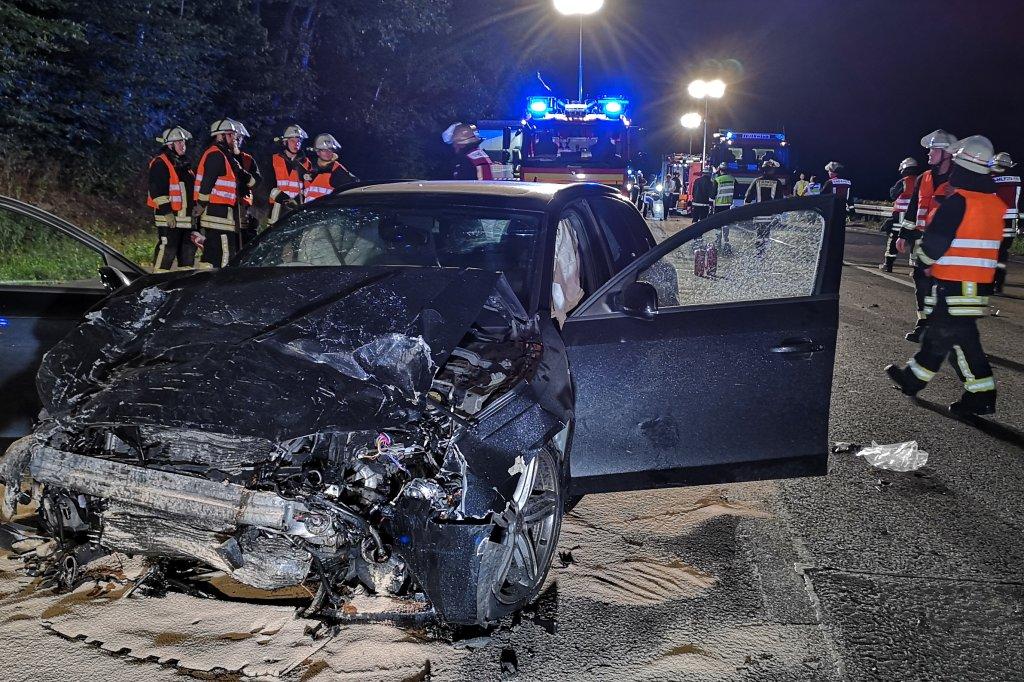 Tödlicher Unfall auf A45 bei Dortmund - Auto stand auf der Fahrbahn ...
