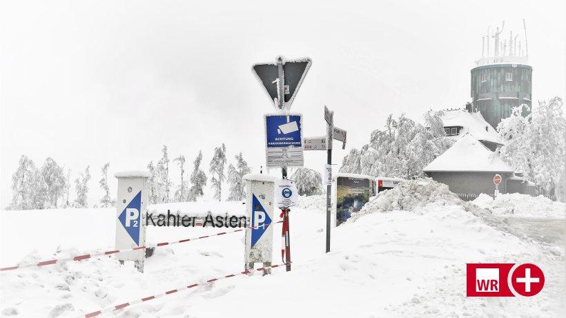 Kahler Asten: Touristen reisen mit voll besetzten Autos an