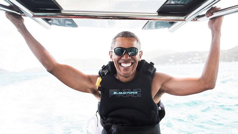 Ex-Präsident Barack Obama liefert sich Duell im Kite-Surfen - WR