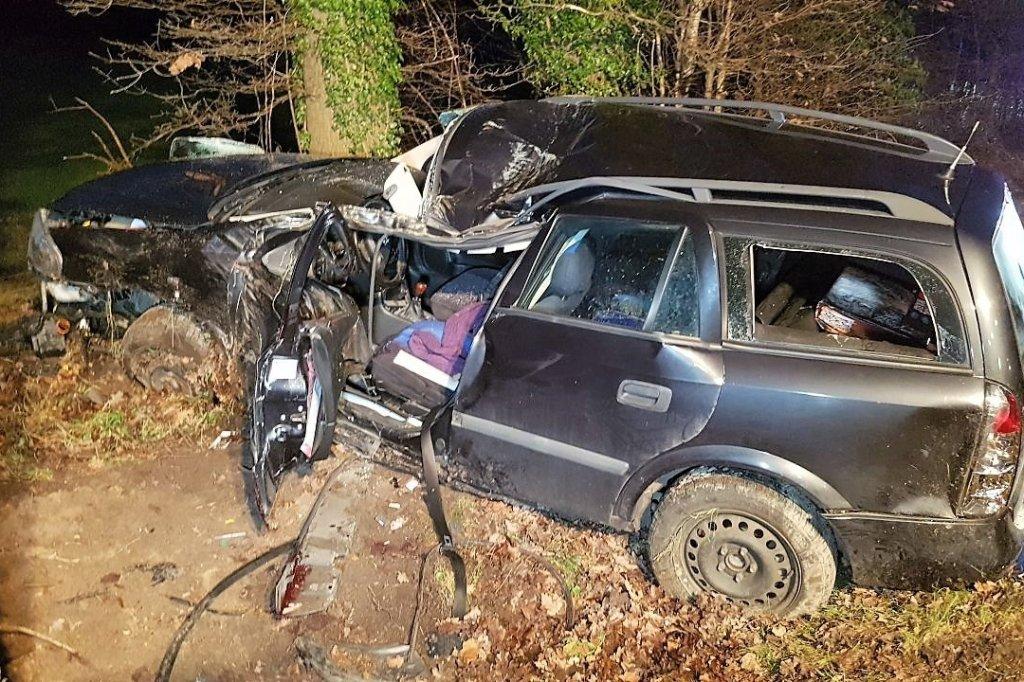 Tödlicher Unfall in Ladbergen - Familienvater fährt mit Auto gegen ...