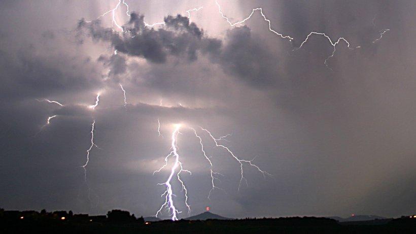 wetter-nach-sommerwetter-gewitter-und-starkregen-in-nrw-erwartet