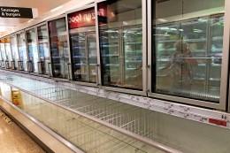 Corona in England: Leere Regale, erste Tankstellen dicht