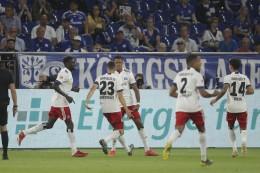 1:3! Schalke unter Schock: HSV dreht nach der Pause auf